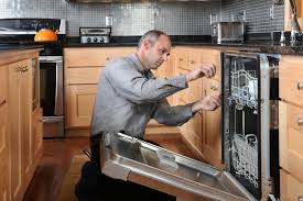 Why-You-Shouldnt-Call-The-Manufacturer-If-An-Appliance-Breaks